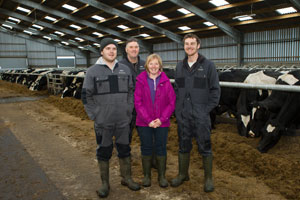 Robert, Alec, Elma and Andrew Waddell in the cubicle shed