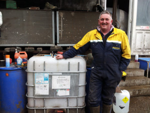 Colin Ballantyne is pleased with the results of using Lactospray post-milking teat spray and Oxycide Pre pre-milking foaming cleanser